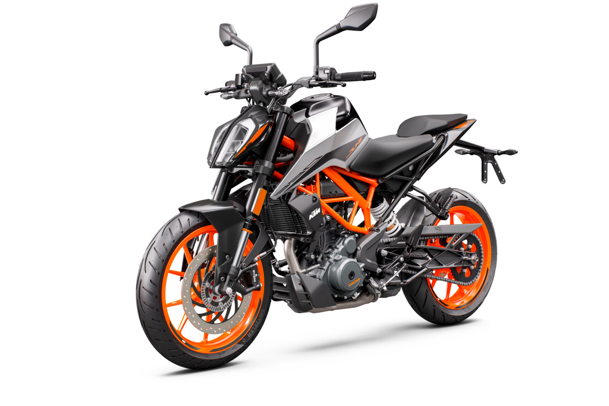 Introduced the new Naked KTM 890 Duke R 2020